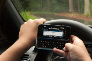 Cariati Law Toronto, Ontario Injury Lawyers Distracted Driving Texting and Driving