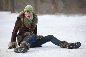 Cariati Law Toronto, Ontario Injury Lawyers Slip and Fall Lawyers Woman Falls on snow ice