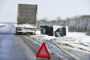 car accident lawyers ontario, auto accident law firm toronto, winter driving safety, tractor trailer accidents, highway 401