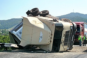 tractor trailer accident law firm ontario, toronto tractor trailer accident lawyers, mississauga truck accident lawyer, tractor trailer accident, driver safety