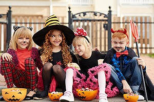 Happy Halloween, Ontario Halloween Safety Tips, Pedestrian Accident Injury Law Firm Toronto, Pedestrian Accident Law Firm Mississauga, pedestrian accident law firm toronto, personal injury lawyers Ontario, personal injury lawyers toronto, Toronto Halloween Safety, pedestrian injury law firm mississauga