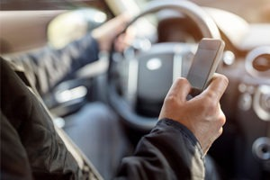 Cariati Law Toronto, Ontario Distracted Driver Accident Lawyers